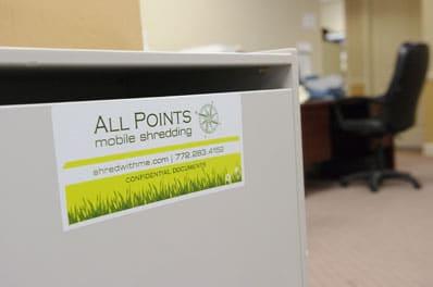 Shredding Console in Office